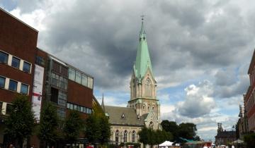 Novogotický kostel v Kristiansandu