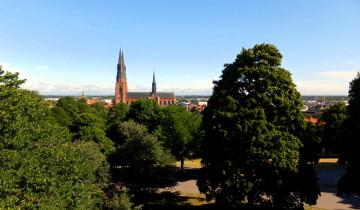 Uppsala - pohled na katedrálu
