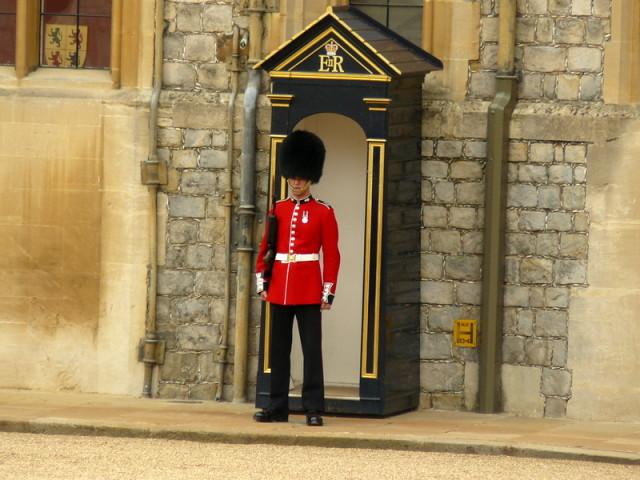 Královská stráž ve Velké Británii